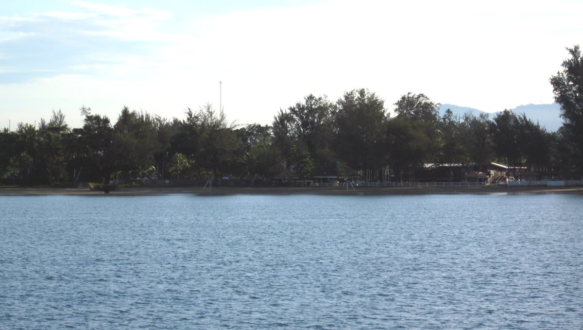 The Kota Kinabalu Yacht Club from the anchorage