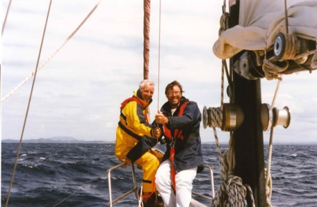 Bazza and Hugh on the bow